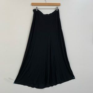 Vince Skirts - Vince Black Stretchy Maxi Skirt Size S